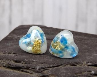 Real flower earrings, daisy petal stud earrings, minimalist blue gift for girlfriend, real flower jewelry