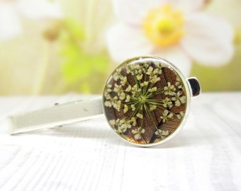 Real flower tie clip, tie pin, nature tie clip, fathers day gift, gift for him, groomsmen tie clip, tie holder, wedding Gift for Husband