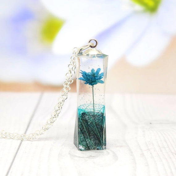 real flower necklace, Daisy necklace, personalized jewelry, real flower terrarium jewellery, unique mother's day gift idea, eco friendly