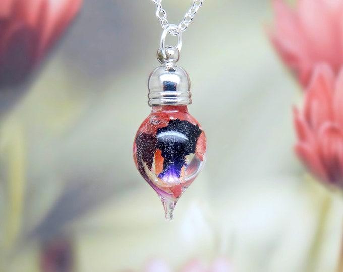Carnation necklace