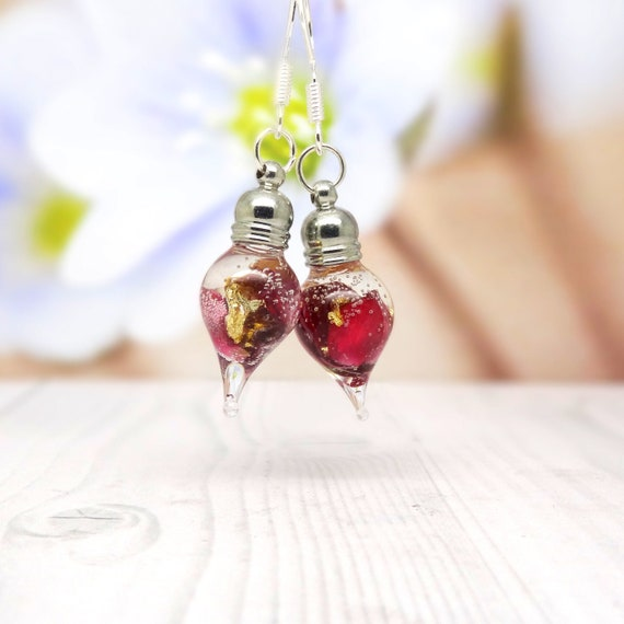 Real flower earrings, pressed flower gifts, unique gift ideas, vegan friendly, real flower jewelry, unique gift for her
