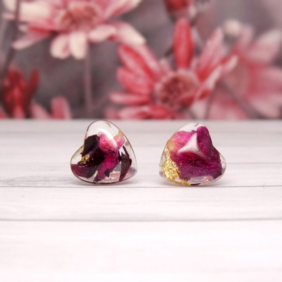Real flower earrings, rose petal stud earrings, minimalist gift for girlfriend, real flower jewellery