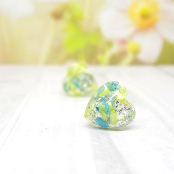 Daisy earrings, real flower earrings, pressed flower earrings, wedding jewelry, botanical jewellery, nature lover gifts