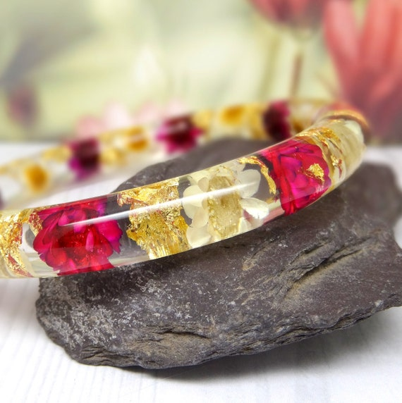 Real flower bangle, Daisy real flower jewellery, real flower bracelet, resin jewelry, pressed flowers bangle bracelet, botanical jewelry
