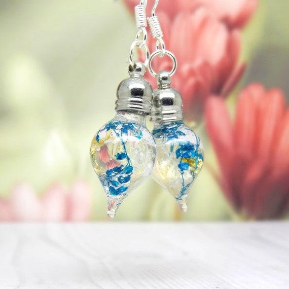Baby's breath earrings, real flower earrings, real flower jewellery, teardrop earrings, wedding jewellery, unique gift for her