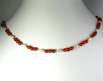 """Carnelian Agate and Freshwater Pearl Necklace Gold 18"""""""