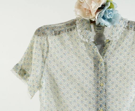white & blue ditsy floral print sheer lace trim bl