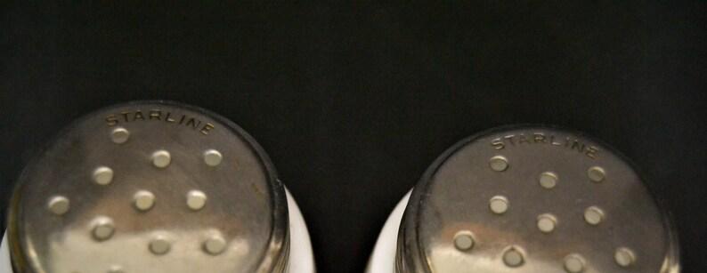 Vintage Milk Glass Daisy Salt /& Pepper Shakers from Starline