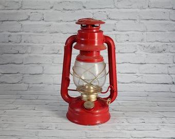 Vintage Vu0026O Brand Red Oil L& Kerosene Lantern Handle Painted Farmhouse Covered Antique Lighting Glass Globe Victorian Era Light & Oil lamp display | Etsy