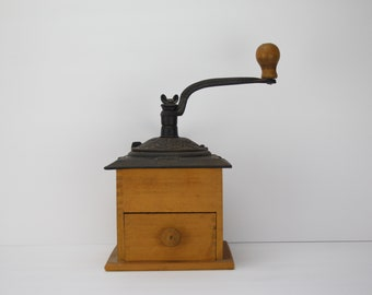 Antique Victorian Coffee Grinder | Cast Iron | Wood Base