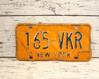 Vintage New York License Plate 1970s Orange & Blue Metal Sign Mancave Decor Restaurant Wall Decor Display Signage 165 VKR NY State