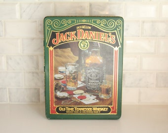 Jack Daniels Old No. 7 Old Time Tennessee Whiskey Metal Tin Empty Hinged Made In Mansfield England Green Red & Gold Bottle Glass Cards Image
