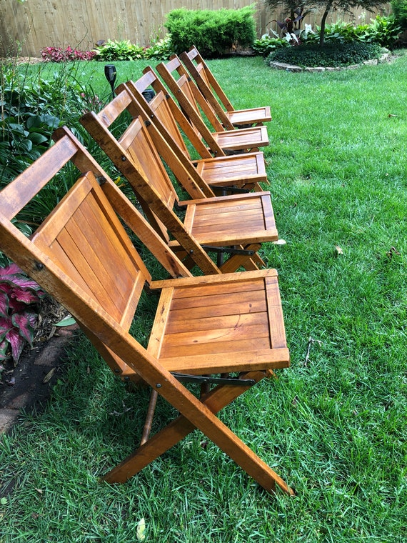 Magnificent Vintage Wood Folding Chairs Simmons Chair Company Wood Church Or Lodge Chairs Inzonedesignstudio Interior Chair Design Inzonedesignstudiocom
