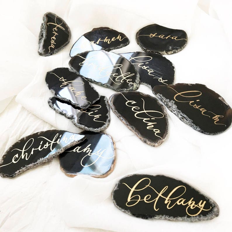 Black Calligraphy Agate Slices Place Cards Size 1 2-3.5 Wedding Escort Cards Natural Stone Gen Stone