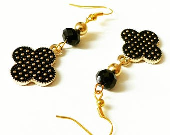 Black and gold clover Stud Earrings