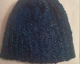Stocking hat in bright blue