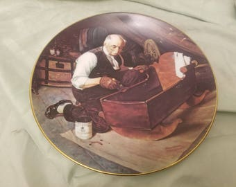 Norman rockwell by Knowles Collectors plate 1987 Grandpa's Gift