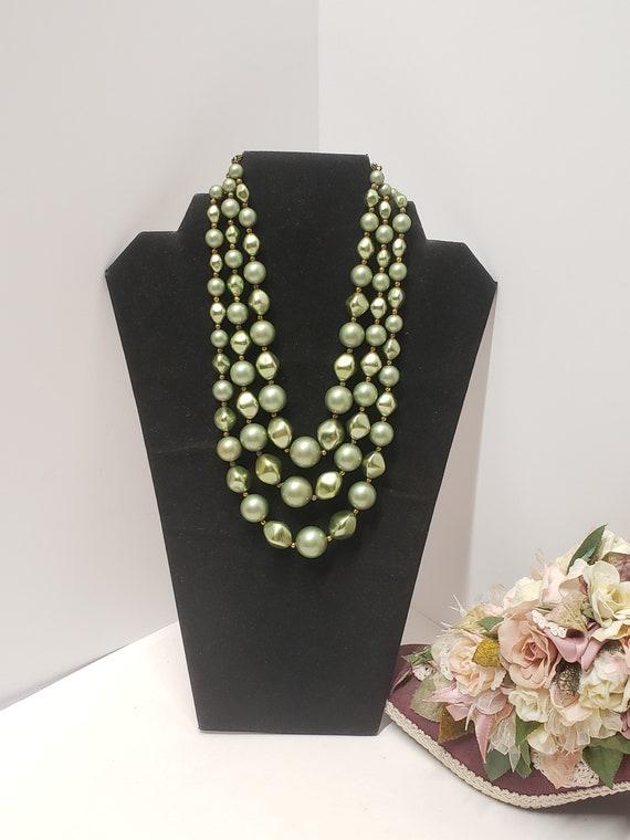 Gorgeous Vintage Green 3 Strand Faux Pearl Neckla… - image 5