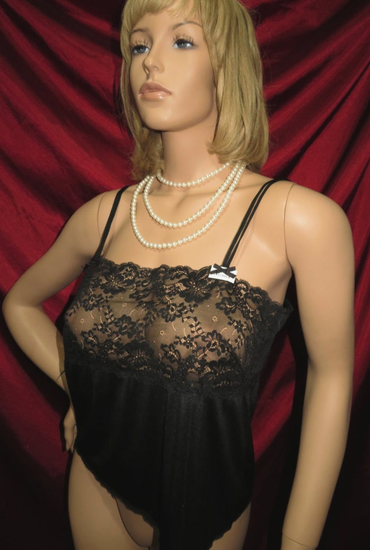 4 piece lingerie 8USA 16Au