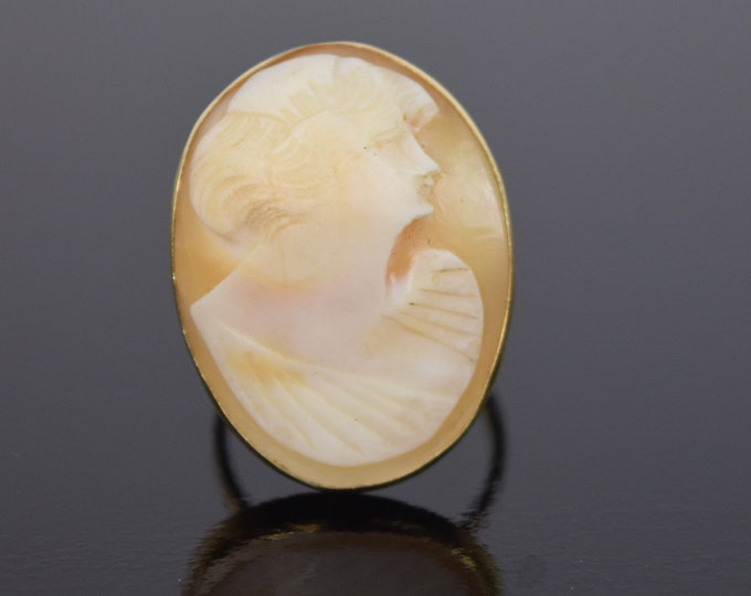Antique Estate Victorian 18k Solid Gold Carved Shell Cameo Ring great Bridgerton Accesorry