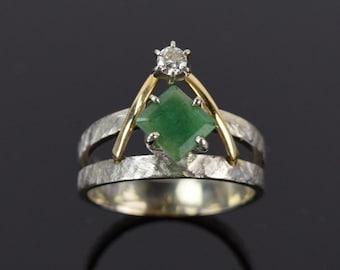 Vintage Mid-Century Geometric Emerald w Diamond White & Yellow Gold Mod Ring