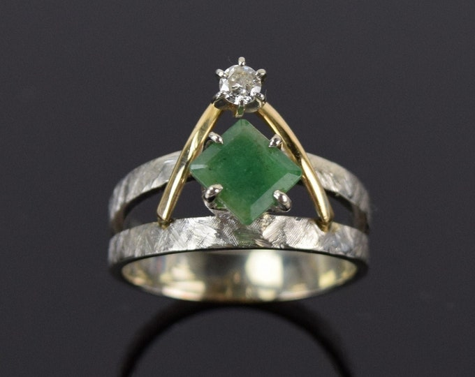 Vintage Mid-Century Geometric Emerald w Diamond White & Yellow Gold Mod Ring