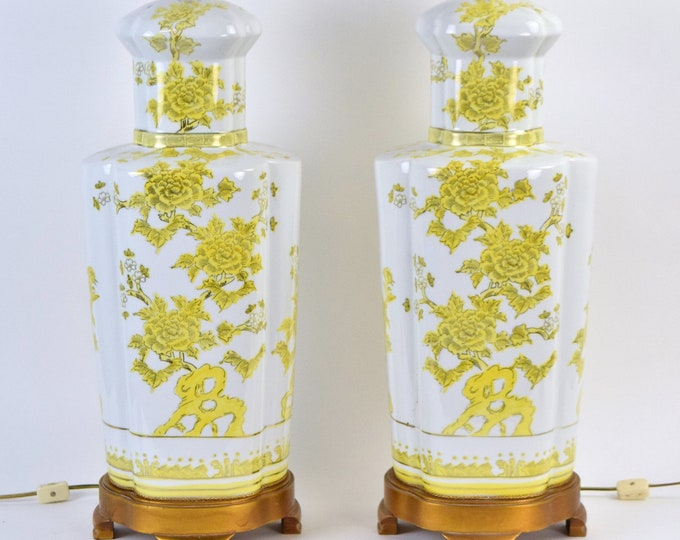 Pair Marbro Chinese Porcelain Urn Lamps w Yellow Flowers Double Socket