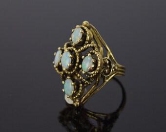 Estate Vintage 14k Solid Gold Ring w 5 Opal Cabochons