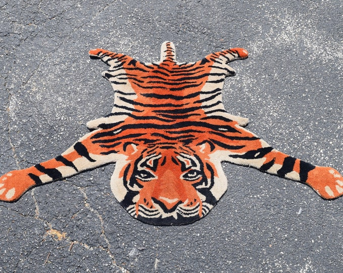 Vintage Handmade Tiger Rug Wall Hanging with Stylized Foreshortened Perspective