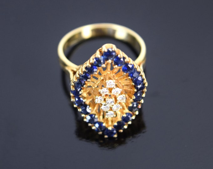 Vintage Estate 14k Solid Gold Ring w Diamonds Surrounded by Sapphires