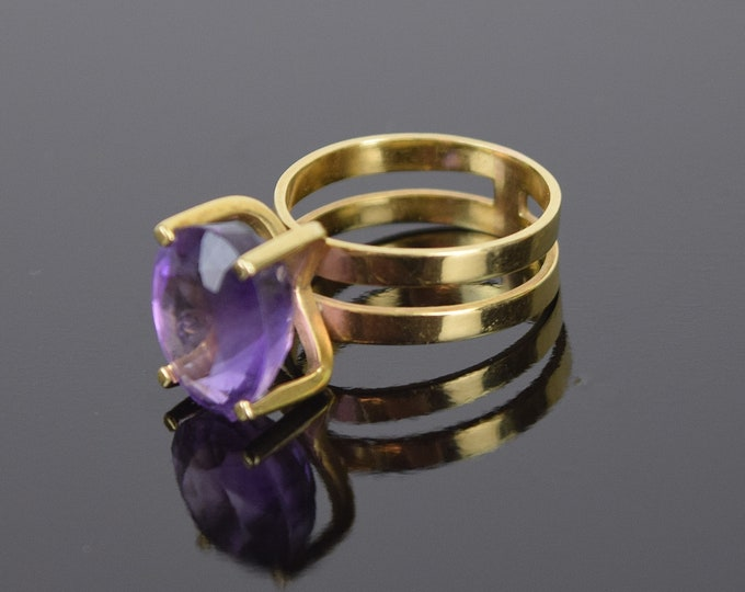 Vintage Mid-Century Modernist 14k Gold Ring Faceted Amethyst Solitaire