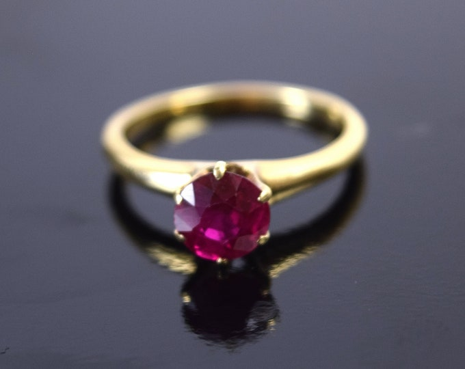 Antique Estate 14k Solid Gold Ring w Synthetic Ruby Solitaire