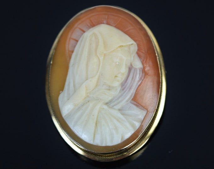 Estate 18k Yellow Gold Carved Shell Cameo Pendant Brooch Holy Mother Virgin Mary