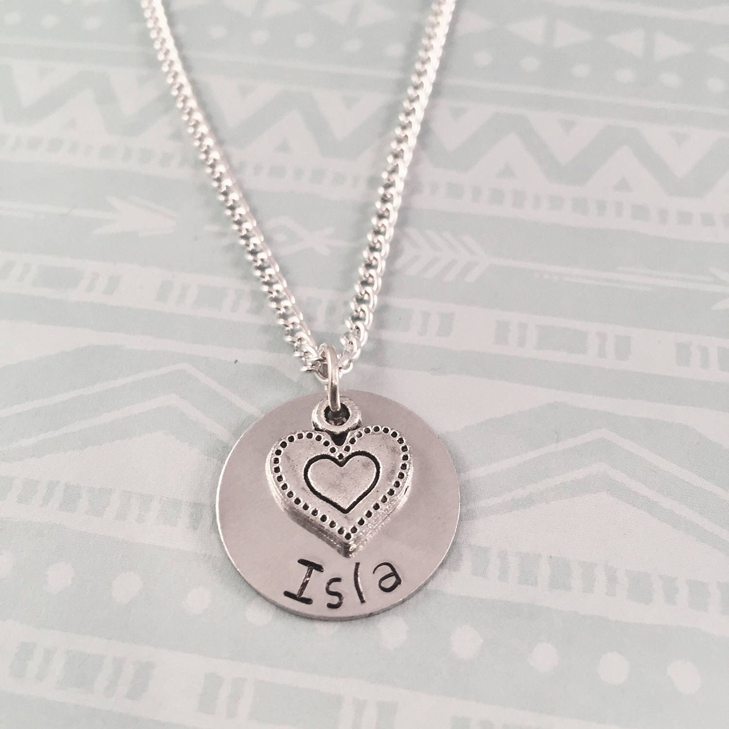 name necklace personalized heart necklace mothers necklace. Black Bedroom Furniture Sets. Home Design Ideas