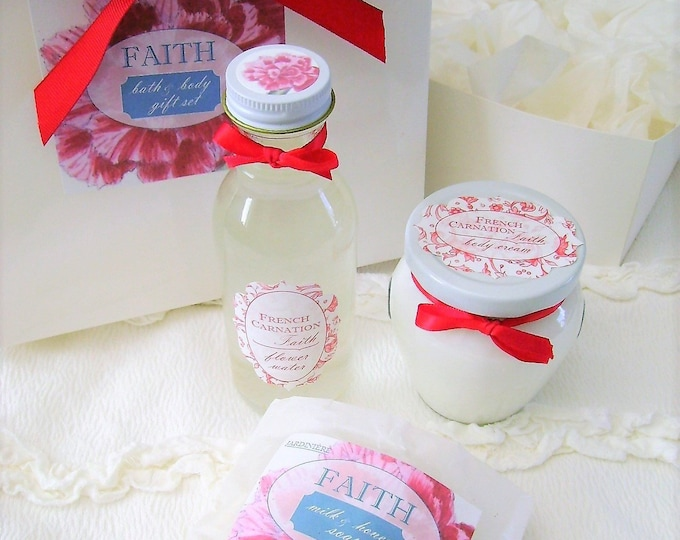 Natural Bath & Body Gift Set in Glass - Choose Your Fragrance // Aloe Cream // Flower Water // Milk and Honey Soap // FREE shipping