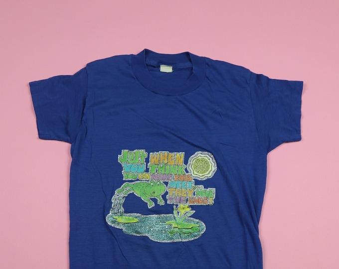 Frog Make Ends Meet Iron On 1970's Vintage Tshirt