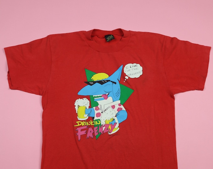 Drinkin' Frenzy Party Shark 1980's Vintage Tshirt - I Live For The Weekend