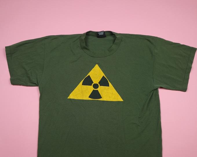 Radiation Hazard Graphic 1990s army vintage Tshirt