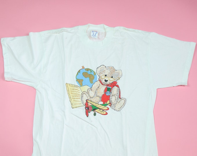 Hand drawn Bear with globe 1990's Vintage Tshirt