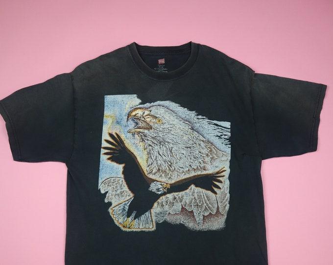 Thrashed Graphic Eagle Animal  Tshirt