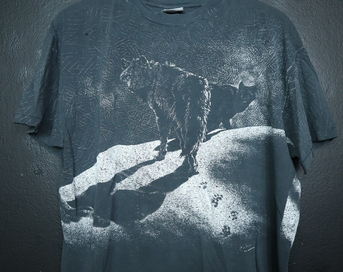 Wolves on Snow All Over Print 1990's Vintage Tshirt