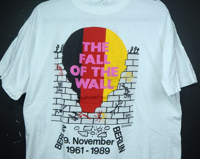 Fall of the Wall Berlin 1989 vintage Tshirt