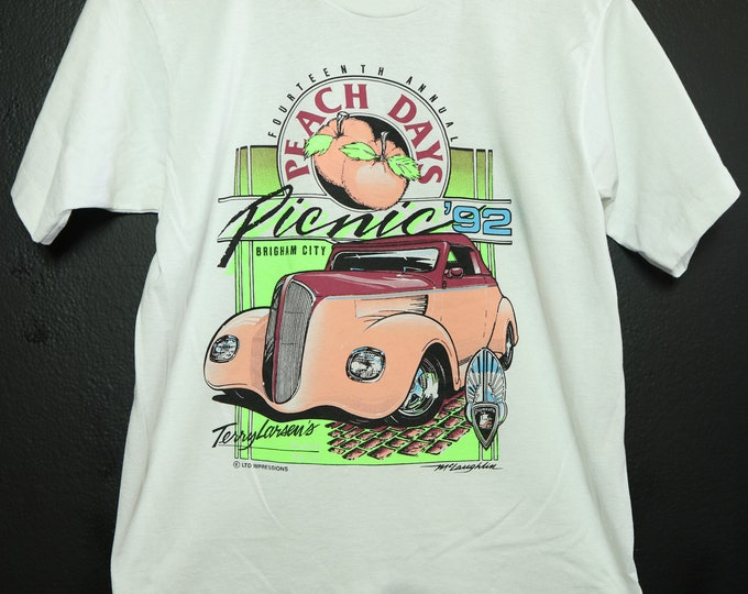 Peach Days Picnic classic car 1990's vintage Tshirt
