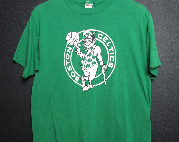 Boston Celtics 1990's Vintage NBA Tshirt