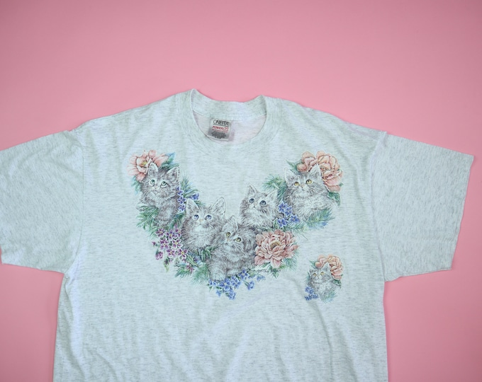 Cute Cat graphic with Flowers 1990s vintage Tshirt