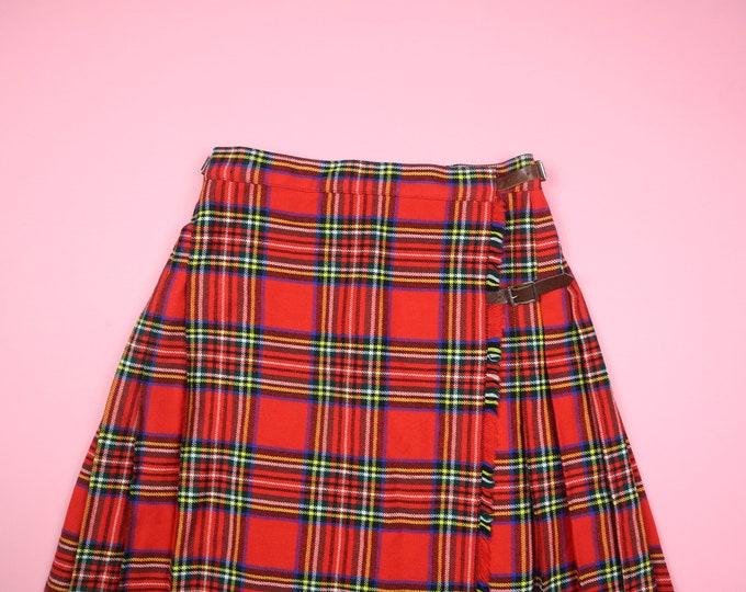 Made in Scottland Buckles Plaid Kilt Vintage Skirt
