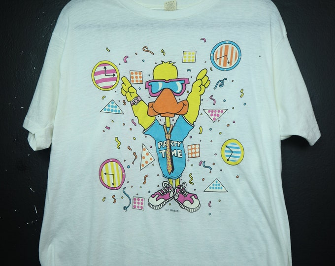 Party Time Duck Walkman 1980s vintage Tshirt