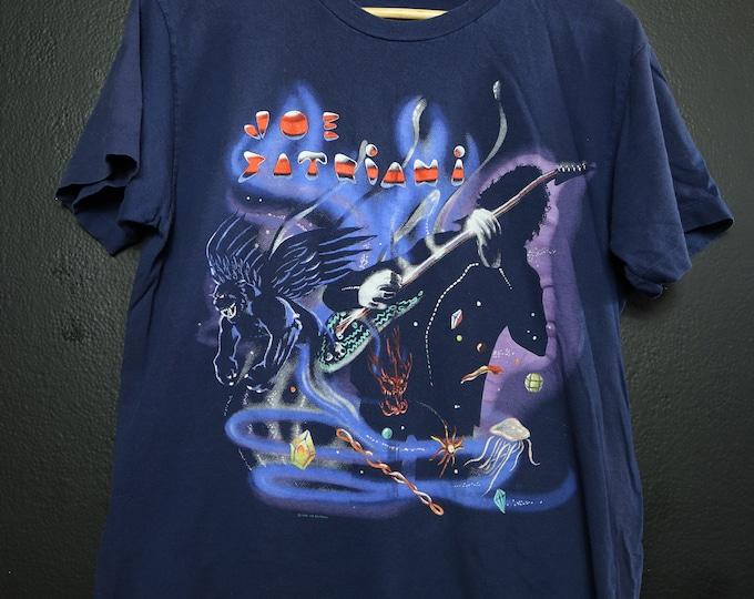 Joe Satriani Dreaming in a Blue World 1990 Vintage Tshirt