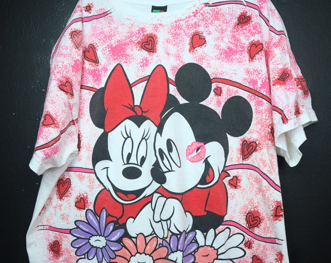 Mickey Minnie Love Disney 1990s Vintage Shirt