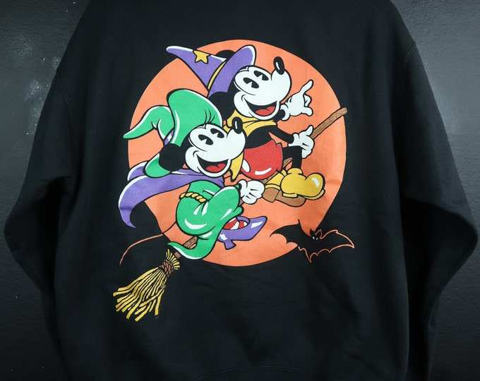 Mickey & Minnie Witches Halloween vintage Sweatshirt